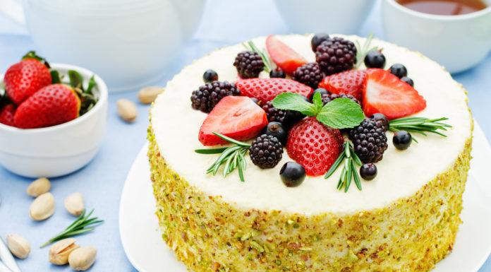 Krémová torta s pistáciami